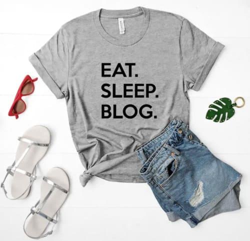 idée cadeau pour un blogueur t-shirt personnalisé
